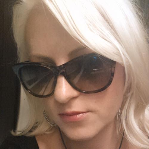 Cristina Bo Beena's avatar