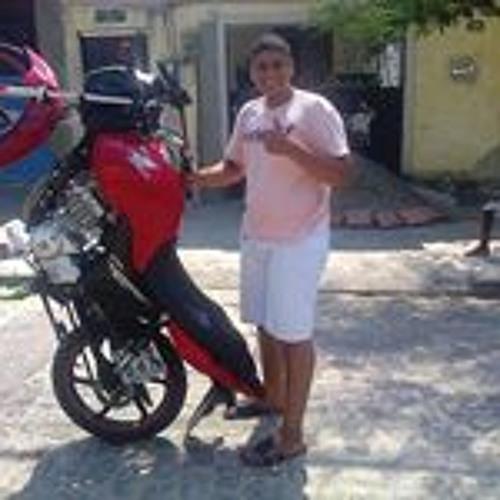 Peter Luiz's avatar