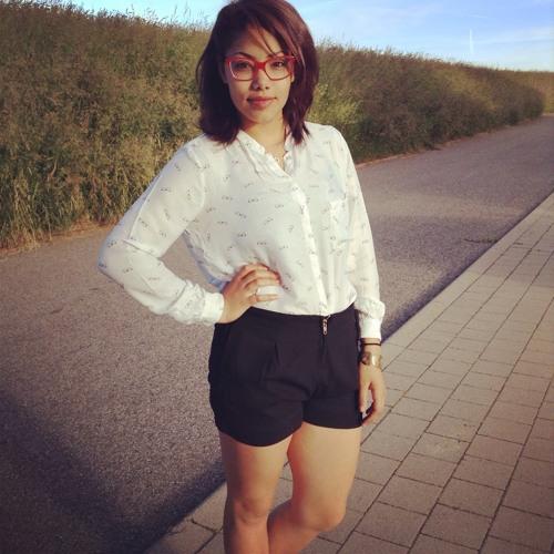 Emanie Junelle's avatar