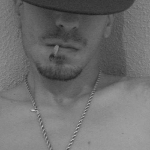 ЪΣИ†ŽΘ∇MUSIC's avatar