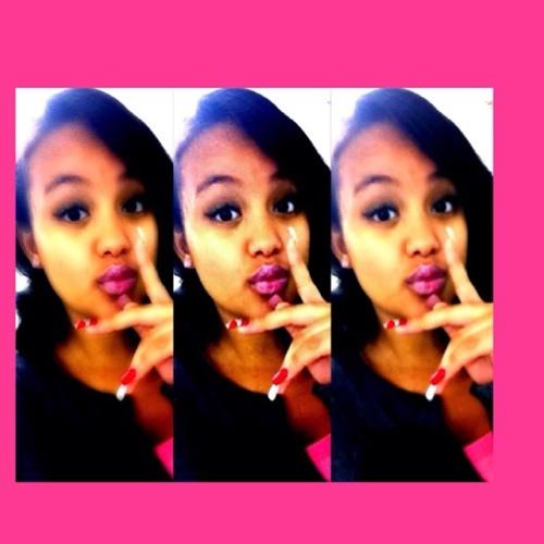 CatalinaNicolle<$'s avatar