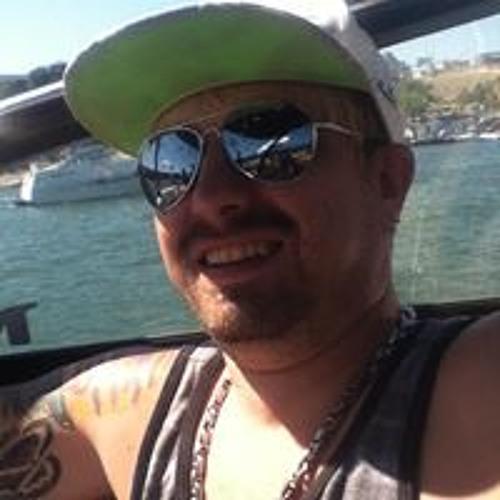 James Eason 8's avatar