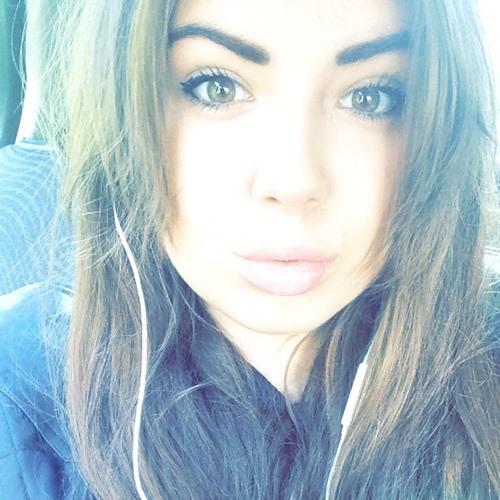 Chloe Pounde's avatar
