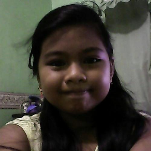 alyzaang's avatar