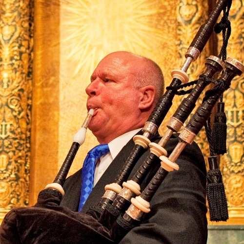 Seattle's Bagpiper Neil Hubbard's avatar