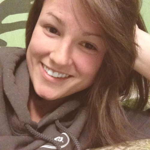 Courtney Paige Green's avatar