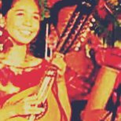 Claudine T.'s avatar