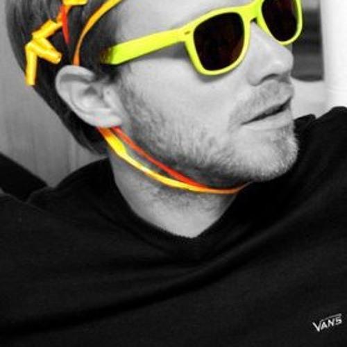 Damien Sanders 3's avatar