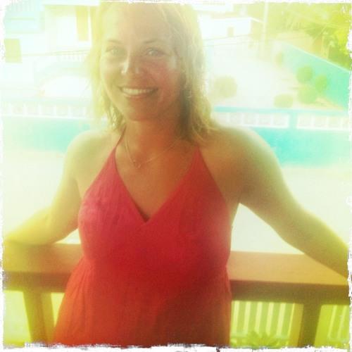 Amy Hamilton 2's avatar