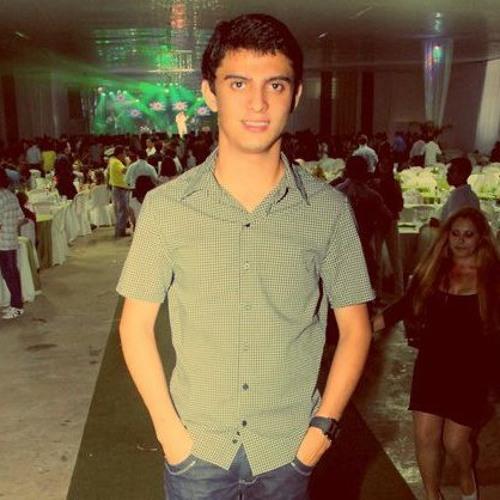 Lucas Torres 25's avatar