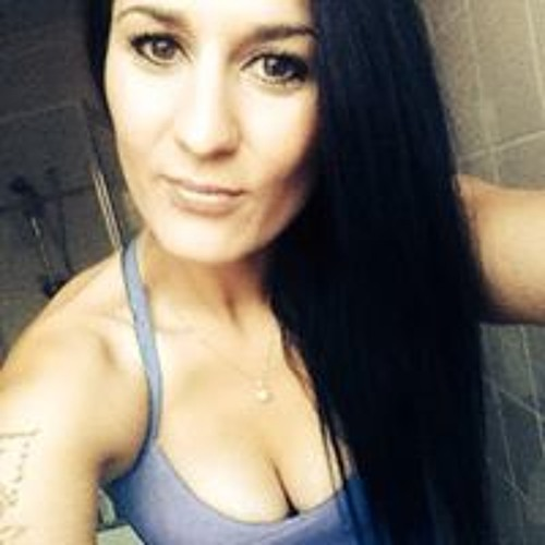 Katie Peters 12's avatar