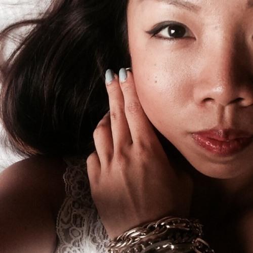 Daphne Sim's avatar