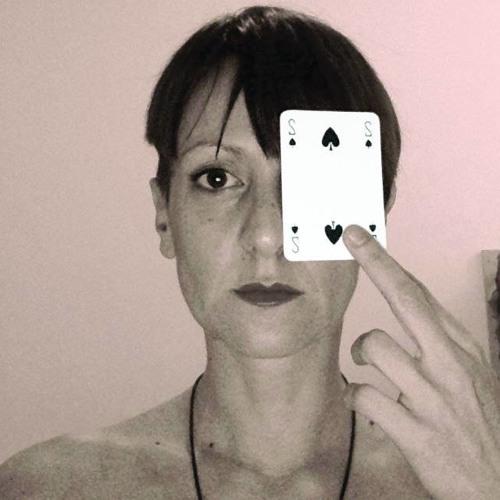 Lola Matteucci's avatar