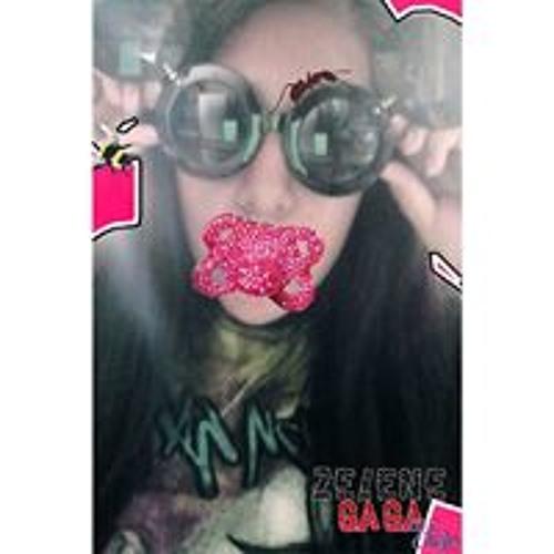 Zelene Gaga Efaw's avatar