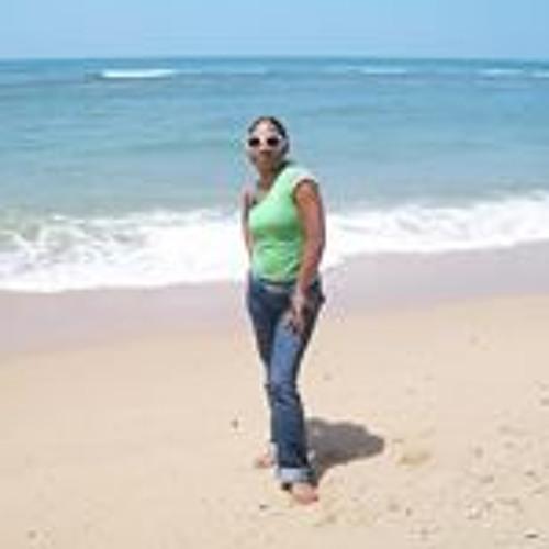 Giselle Gomez 12's avatar