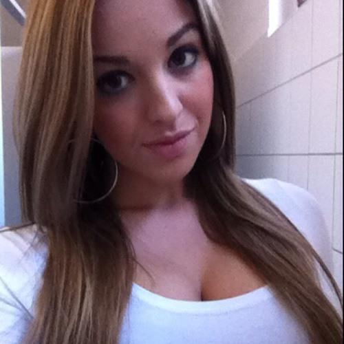 Katinka Suhai's avatar