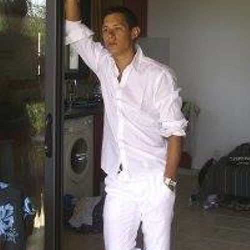 Ad Htn's avatar
