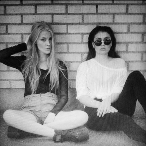 Rosanna & Ellinor's avatar