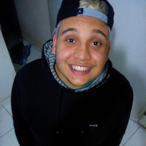 Lucas Vieira 56's avatar