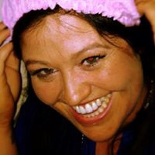 Laura Irvine 4's avatar