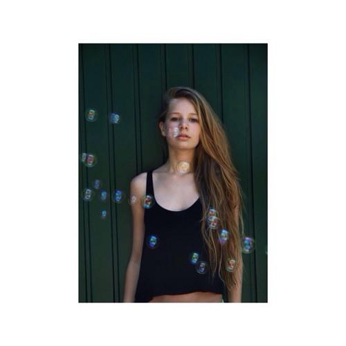 Emily von Borries's avatar