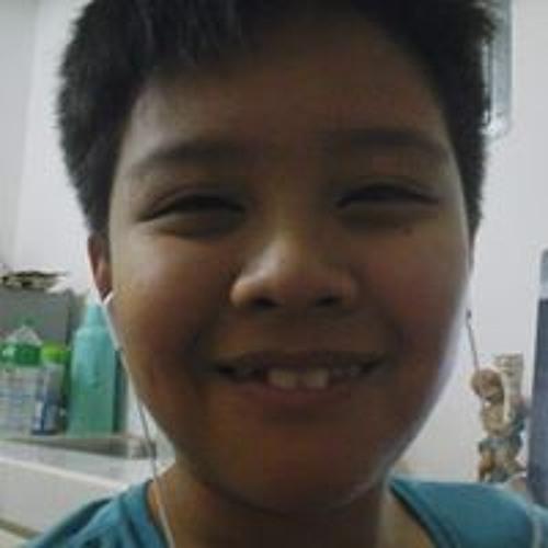Stephen Luciaja's avatar