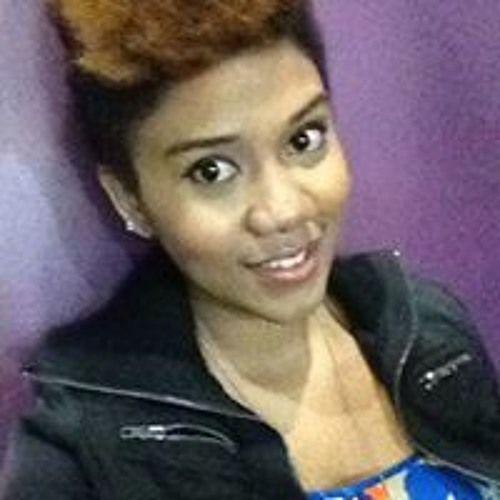 Lucky Charmaine Algario's avatar