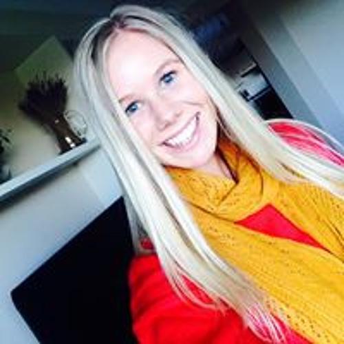Monique Kell's avatar