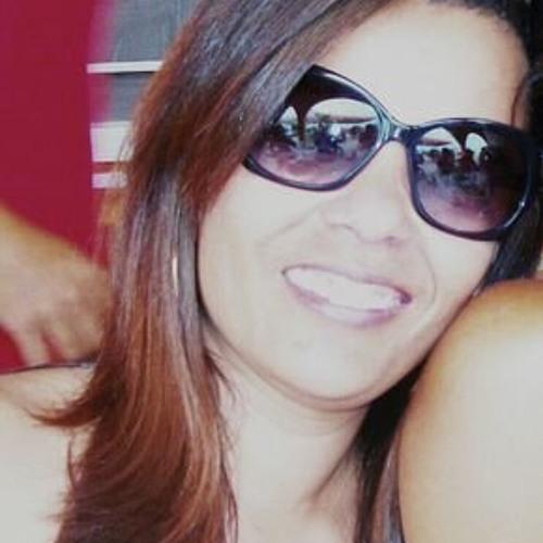 Thaciana Barros's avatar