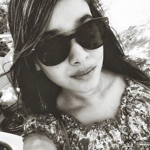 Rebeca Diniz 2's avatar