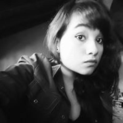 Julieta Mendoza's avatar