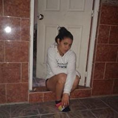 Miranda Zoe Carmona Carzy's avatar