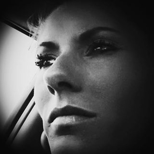Nicole Reagle's avatar