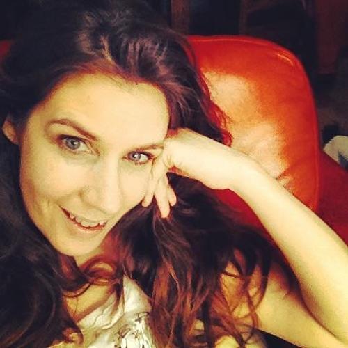 Liz Stowe's avatar