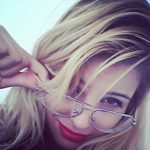 Mônica Monteiro's avatar