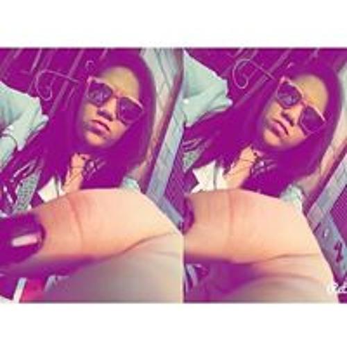 Andrea Beatriz Hernandez's avatar