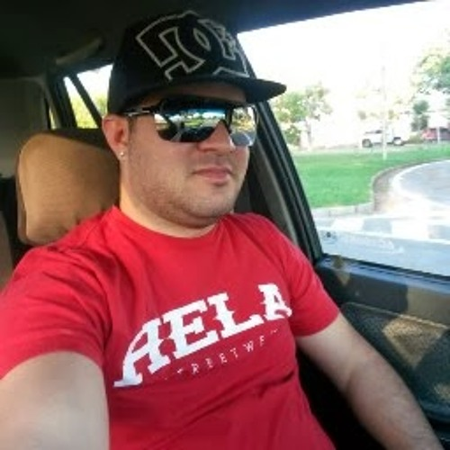 alberto pirone's avatar