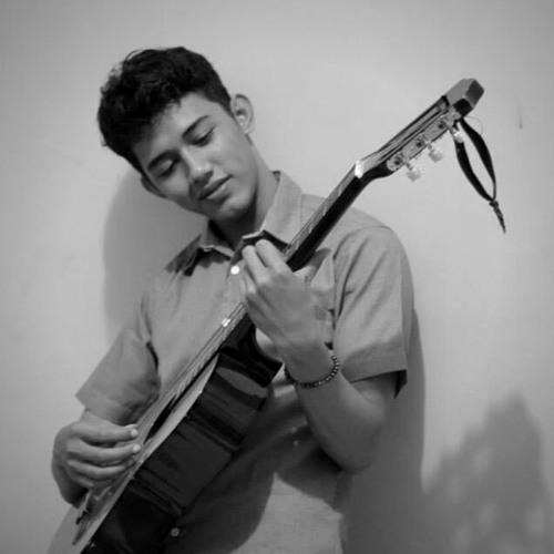 Gian Alanuari's avatar