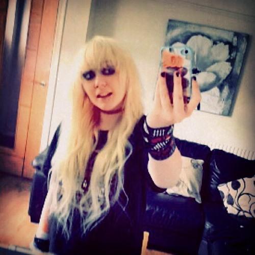 Rachelwilleatyourcookie's avatar