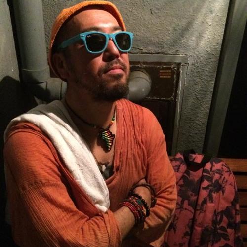 DJ TAKURO-'s avatar