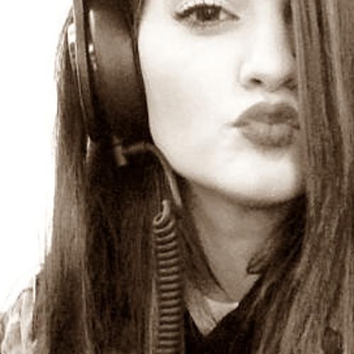 Paola Ferreira 7's avatar