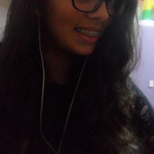 Maria Victoria Carretts's avatar