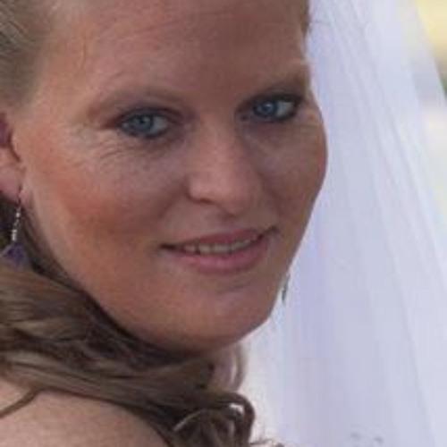 Brandy Dunne's avatar