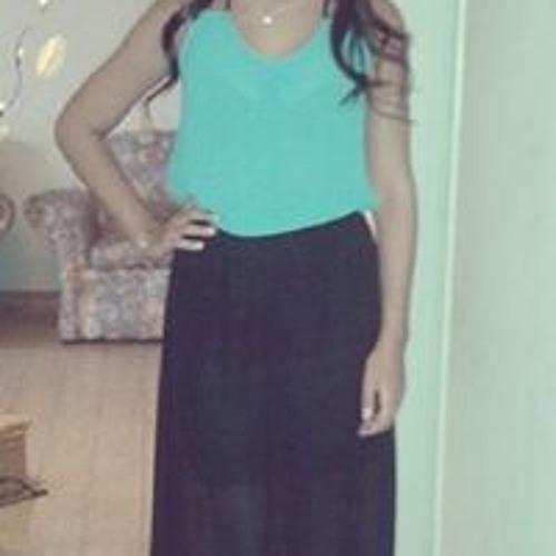 Agustina Outeda's avatar