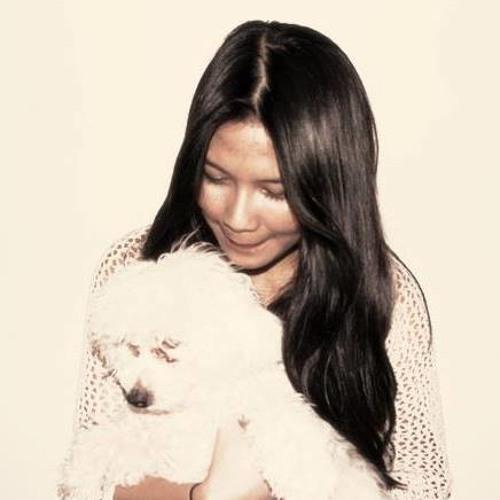 Astrid Aprilia's avatar
