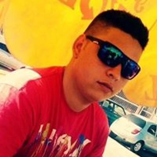 Junior Aires 4's avatar