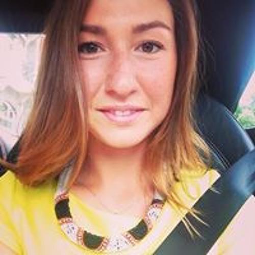 Arina Islamova's avatar