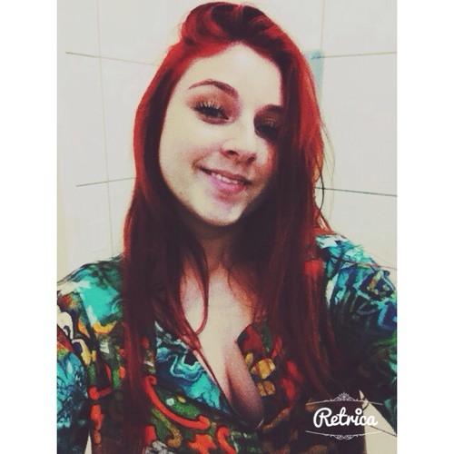 Nayla Ciz's avatar