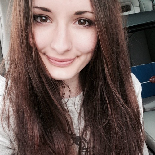 Anna von Bredow's avatar