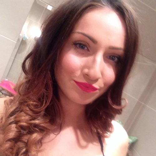 Emily Ann Berg's avatar